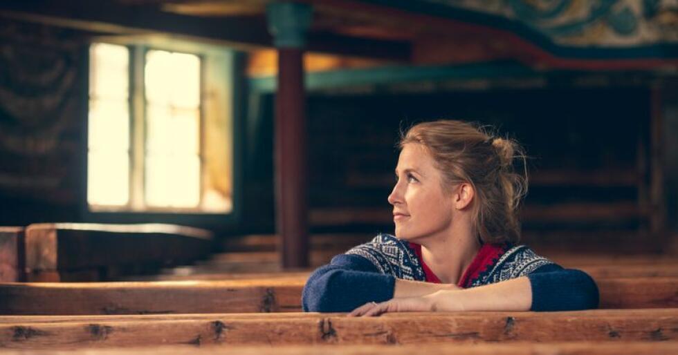 Cecilie Breen (32) er malermester. Hun er ikke imponert over rådgiverne i skolen, og mener de burde gjøre en bedre jobb for å rekruttere til yrkesfagene. Foto: Bård Gundersen.