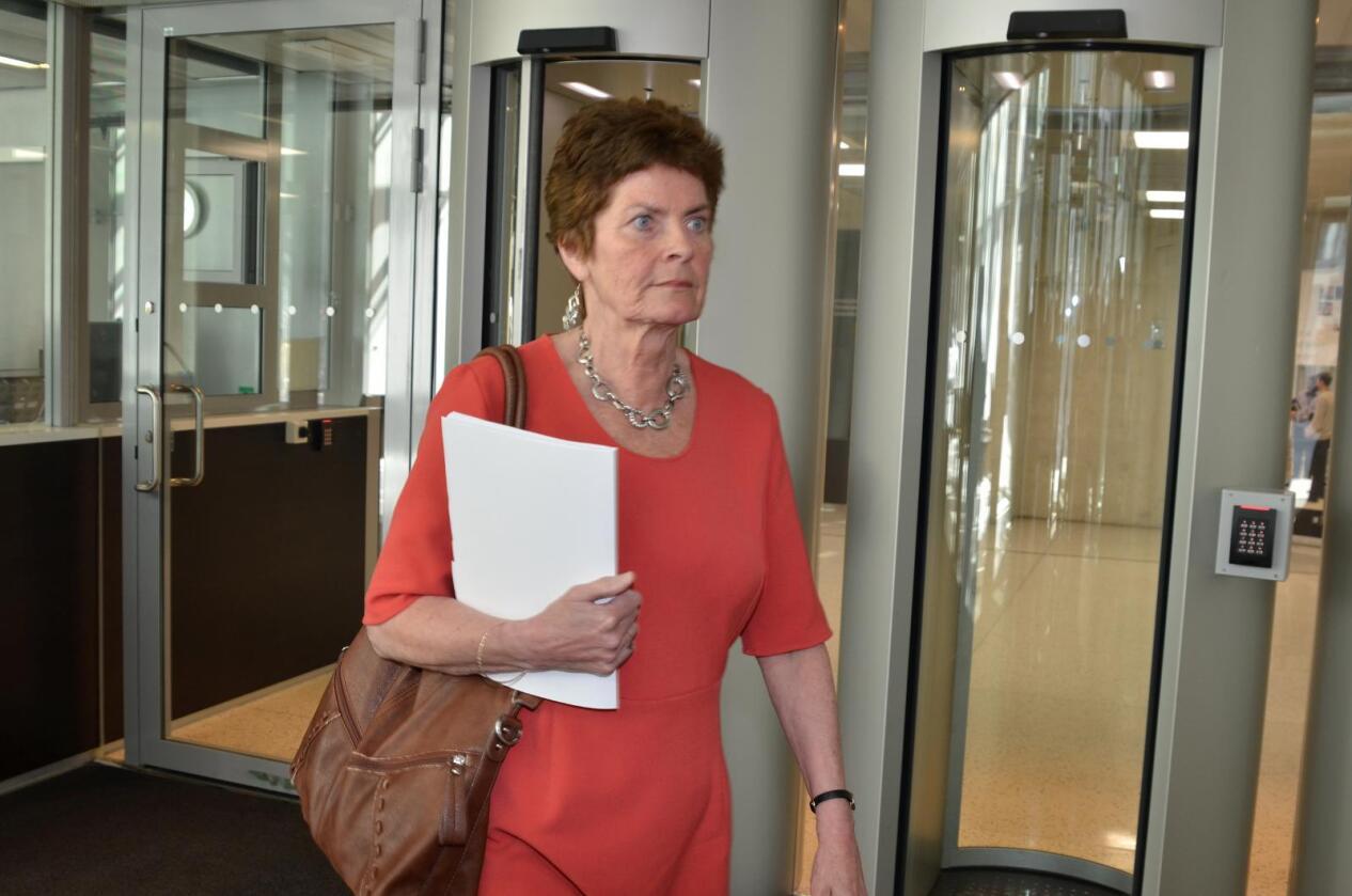 Reagerer: – Norsk Bonde- og Småbrukarlag er sterkt kritisk til at regjeringen glatt overser Stortingets instruksjon om å bevilge midler for å kompensere bortfallet av eksportstøtte, sier småbrukarlagsleder Merete Furuberg. (Foto: Linda Sunde)