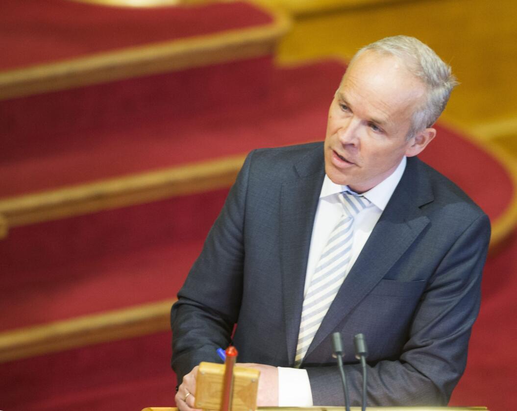 Finansminister: Jan Tore Sanner bør bruke kommunene i motkonjunkturpolitikken. Foto: Terje Bendiksby / NTB scanpix