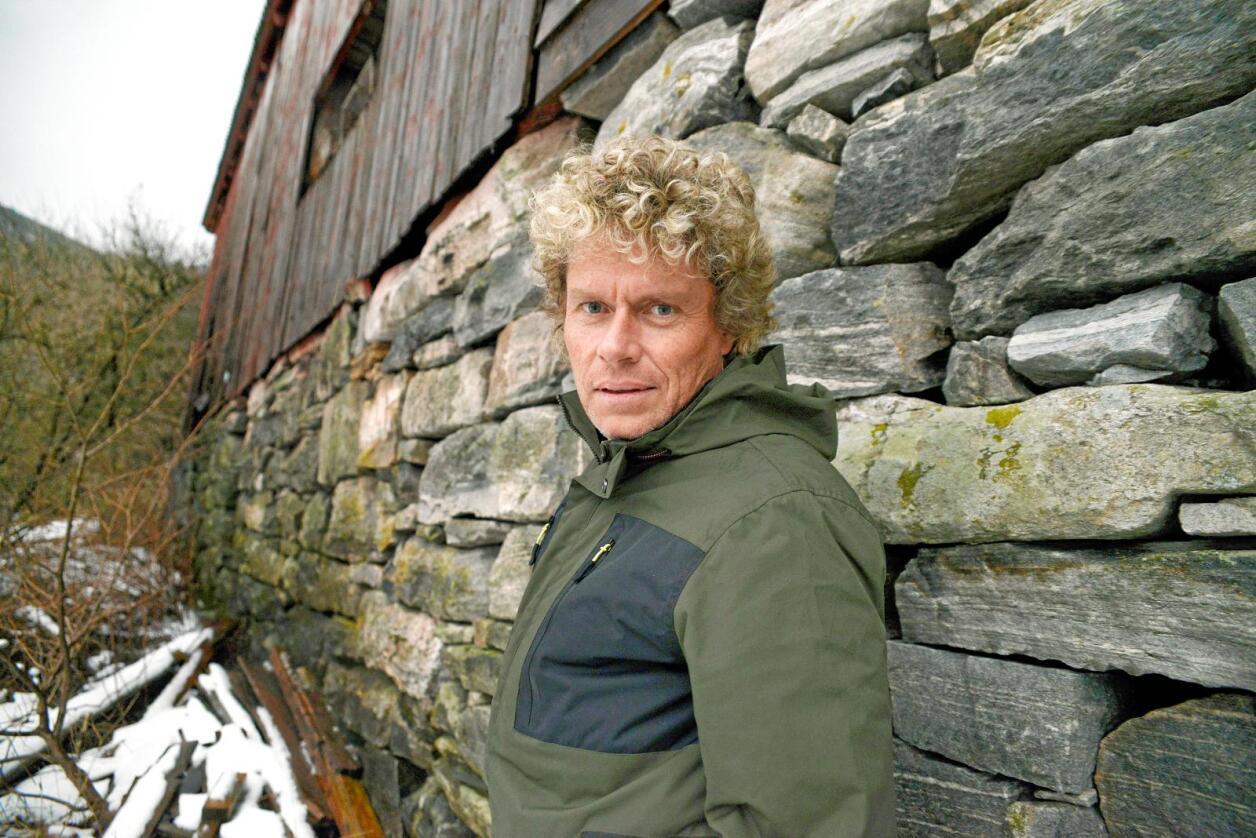 Professor Dag Jørund Lønning meiner Høgres stortingsrepresentant Tom-Christer Nilsens driv med «tåpeleg kjekkaseri». Foto: Mariann Tvete