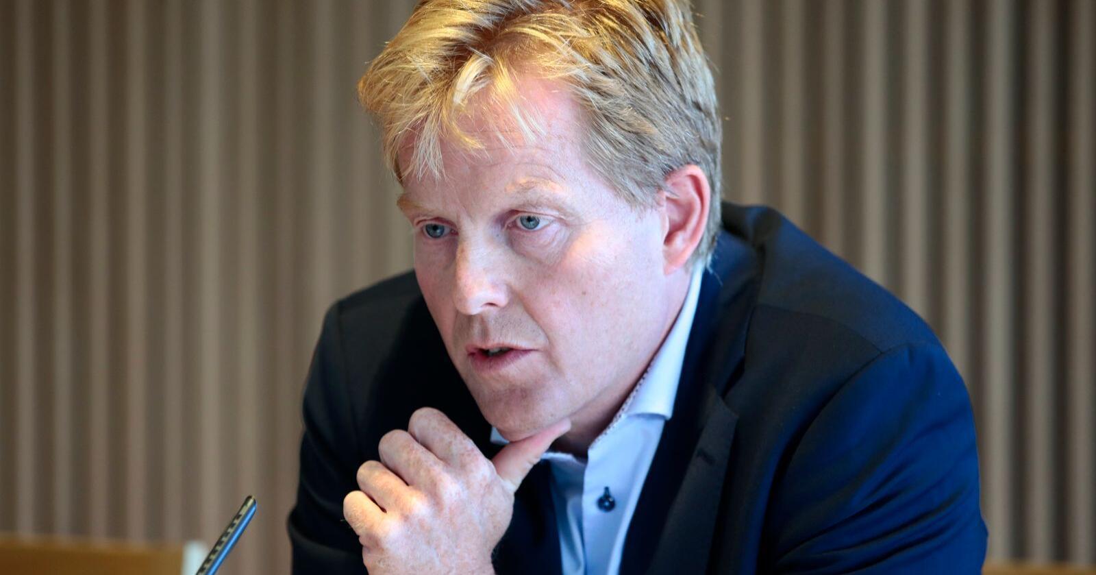 Pål K. Lønseth sier Økokrim vil øke oppmerksomheten mot fiskerikrim og viser til at slik kriminalitet også er miljøkriminalitet. Foto: Lise Åserud / NTB scanpix