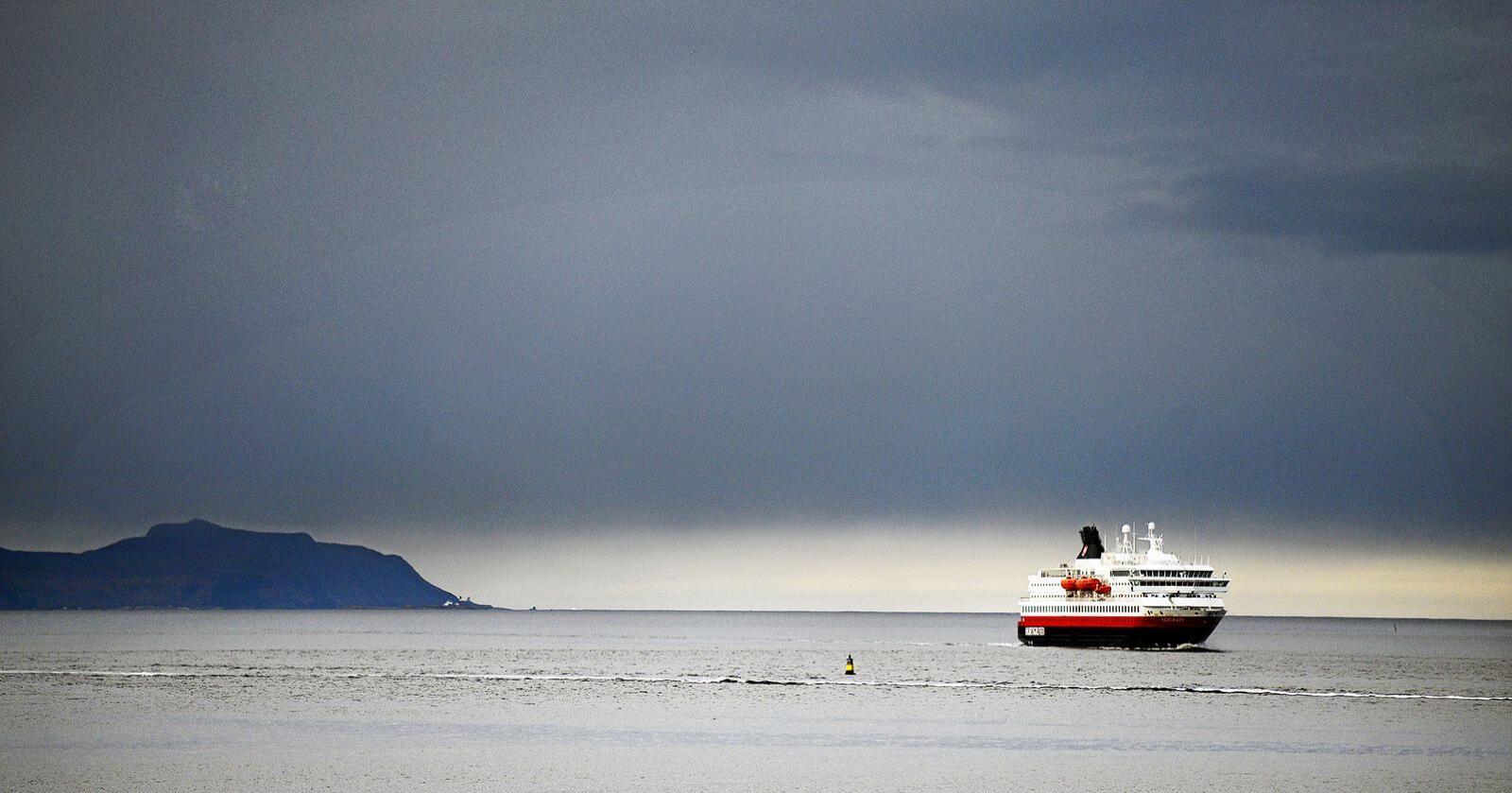 Kutter avganger: På tross av at selskapet får stor statlig støtte, kutter Hurtigruten avganger. Foto: Siri Juell Rasmussen