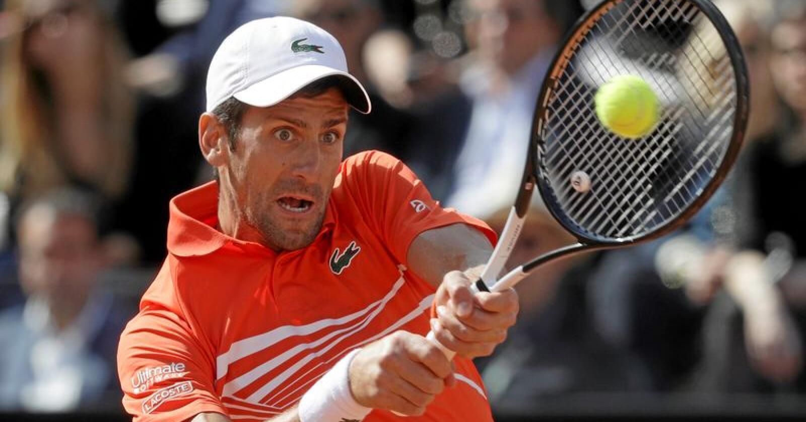Den serbiske tennisspilleren Novak Djokovic, som er rangert som den beste i verden, har et plantebasert kosthold: Foto: AP Photo / Gregorio Borgia
