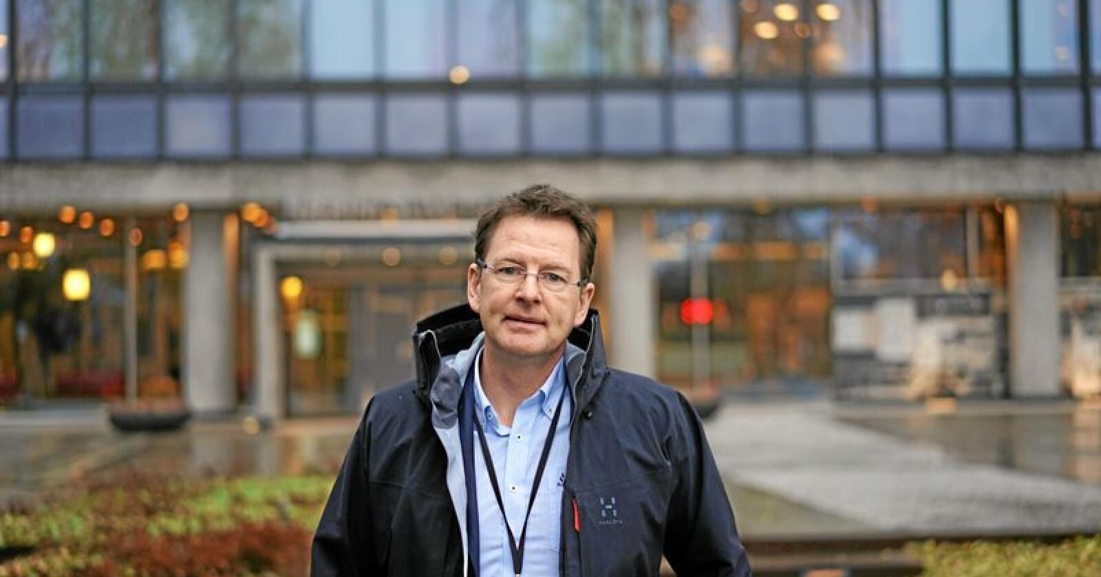 Gaute Lenvik, administrerende direktør i Veterinærinstituttet mener at selv om tallene viser en stadig nedgang, må ikke den lave antibiotikabruken tas for gitt. Foto: Benjamin Hernes Vogl