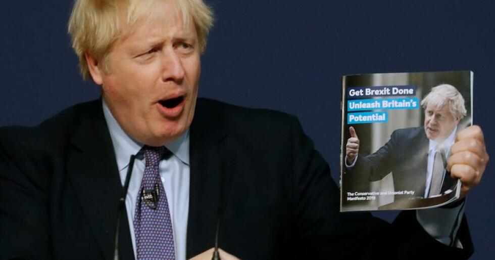 Storbritannias statsminister Boris Johnson presenterte søndag det konservative partiets valgprogram. Foto: Frank Augstein / AP / NTB scanpix