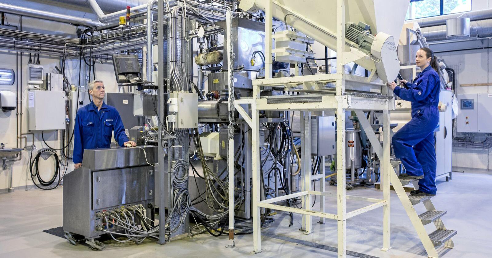 Med statlige midler bygger Nofima et fôrteknologisenter som har som mål å blant annet løse utfordringene med norske råvarer i oppdrettsfôret. Foto: Nofima