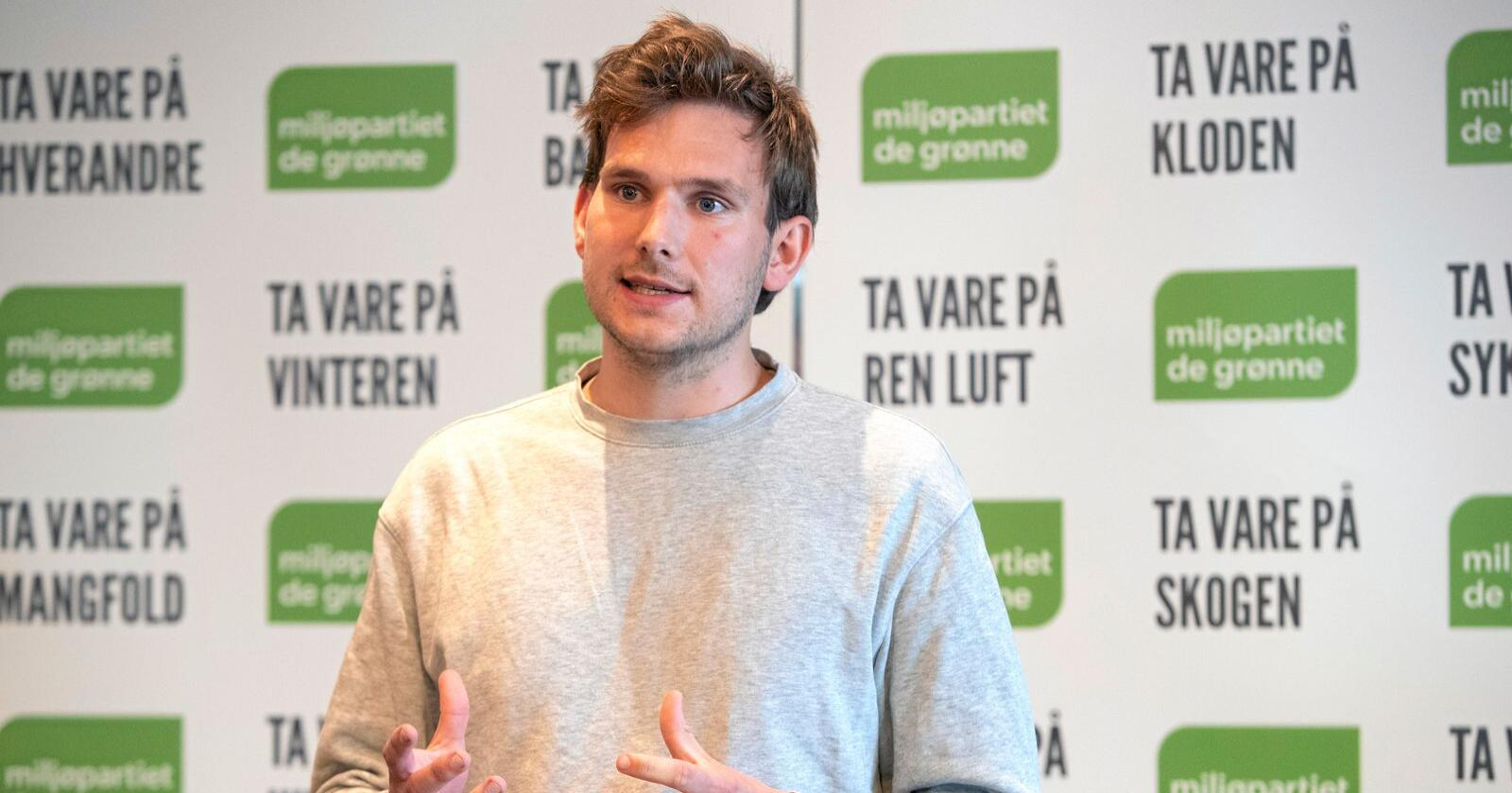 Talsperson Teodor Bruu i Grønn Ungdom vil søke på stilling som direktør i Norsk Olje og Gass. Foto: Ryan Kelly / NTB scanpix