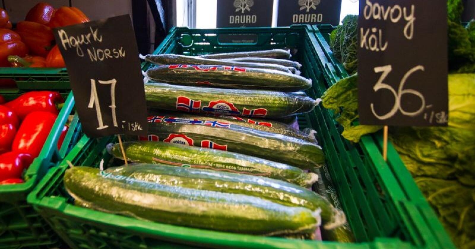 Det er store mengder agurk på markedet. Det er litt for mye til å få solgt unna, men det er på vei til å stabilisere seg. Illustrasjonsfoto: Vegard Grøtt / NTB scanpix