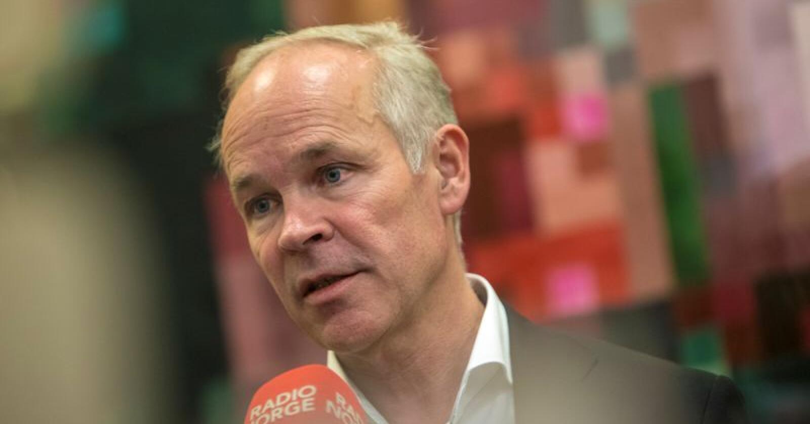 Integreringsminister Jan Tore Sanner (H) vil heretter bestemme kriteriene for bosetting av flyktninger her i landet. Foto: Ole Berg-Rusten / NTB scanpix
