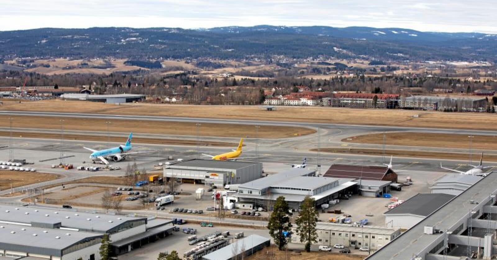 Oslo Lufthavn kan få en tredje rullebane for persontransport. Foto: Gorm Kallestad / NTB scanpix