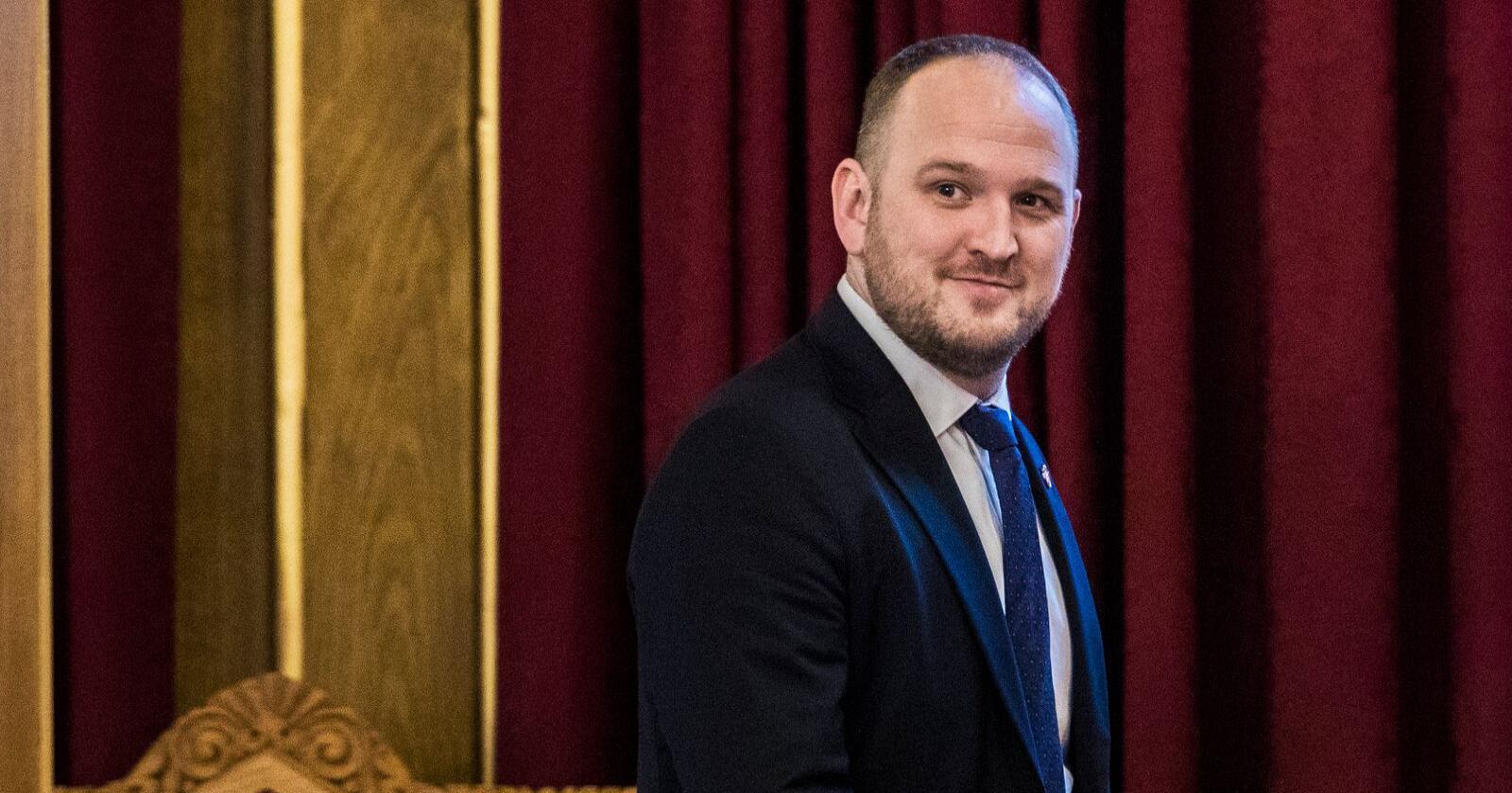 Fremskrittspartiets energi- og miljøpolitiske talsperson Jon Georg Dale fremmer nå egne forslag i ulvepolitikken. Foto: Ole Berg-Rusten / NTB scanpix