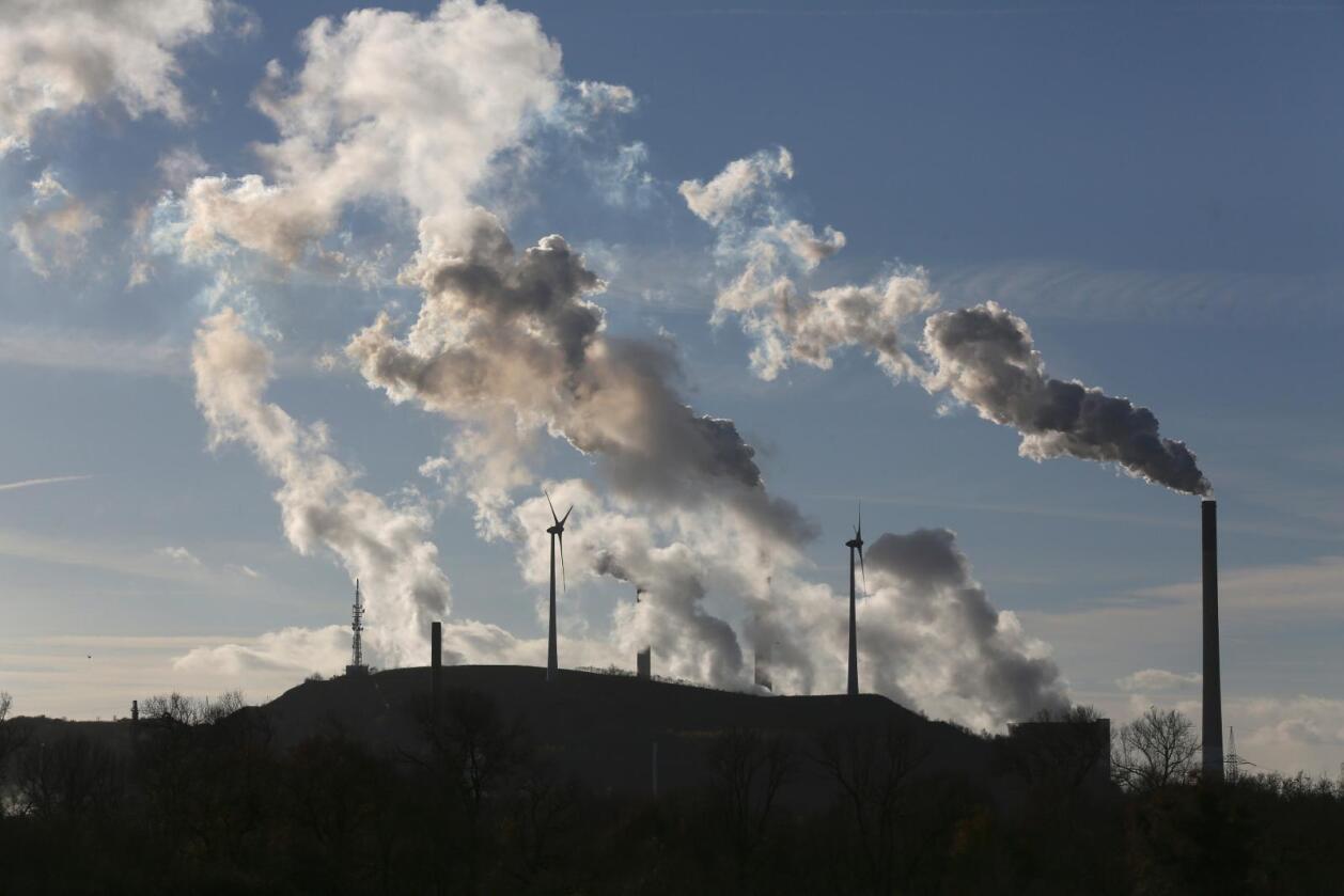 Mange tyske arbeidsplasser kan gå tapt om den tyske regjeringen innfører klimaavgift på kullkraftverk. Foto: Ina Fassbender / Reuters