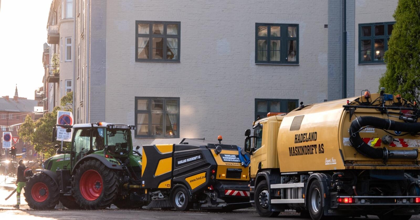 Vedlikehold: Hadeland Maskindrift fikk kontrakten med Oslo kommune. En lang rekke vedlikeholdsoppgaver skal utføres både sommer og vinter.