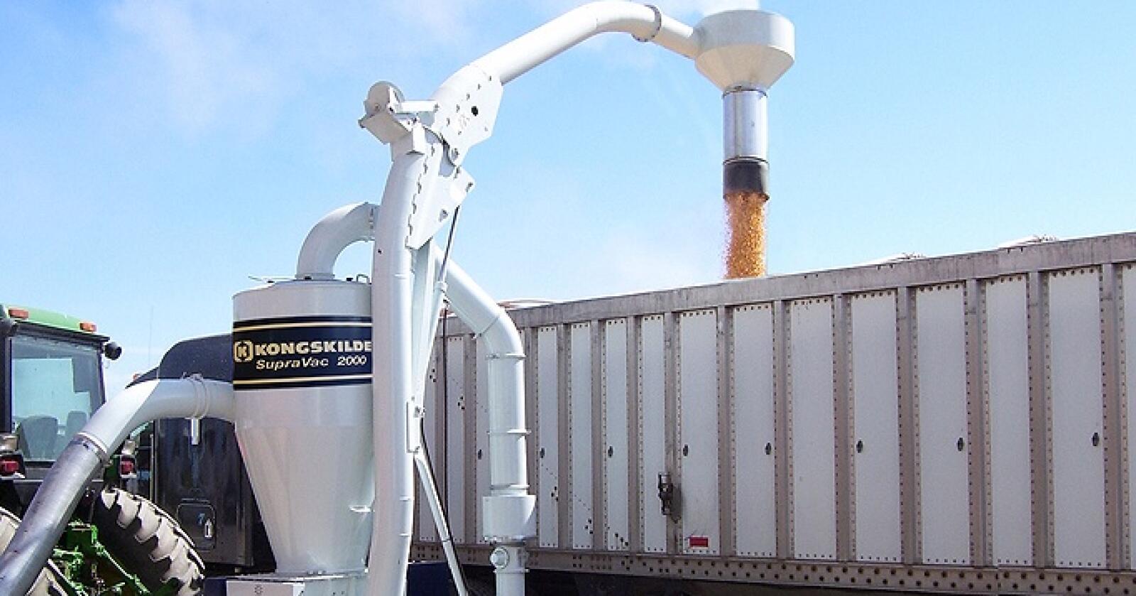 Grønt Maskin blir enedistributør for Kongskilde sine produkter til kornhåndtering og tørking i Norge. Foto: Grønt Maskin