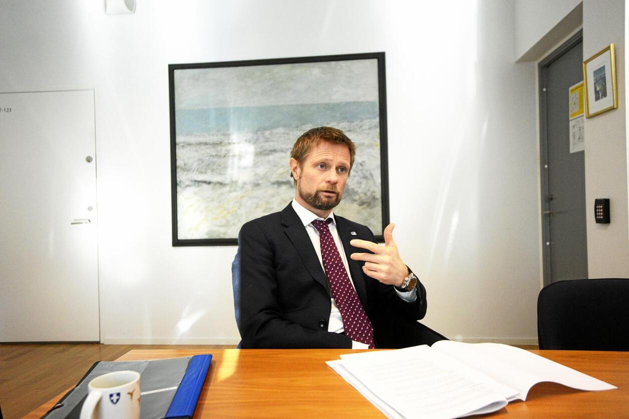 Akutt: Helseminister Bent Høie blir avkrevd svar om Odda sjukehus av Senterpartiets Kjersti Toppe. Foto: Siri Juell Rasmussen