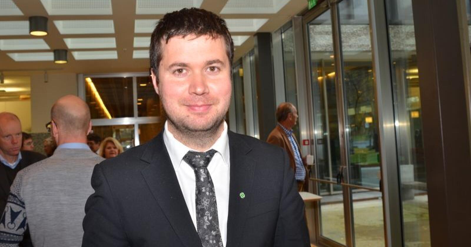 Geir Pollestad (Sp), er leder i Stortingets næringskomité. (Foto: Anders Sandbu)