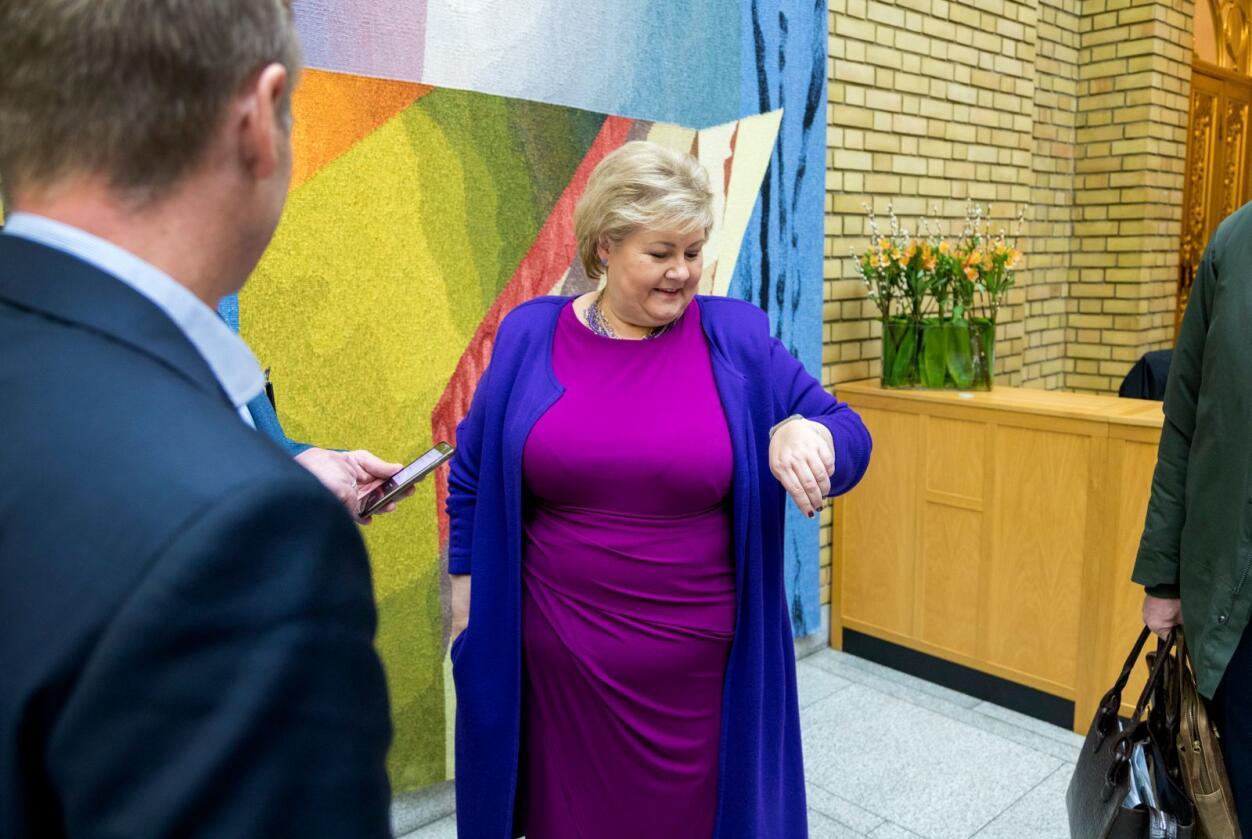 Statsminister Erna Solberg i vandrehallen etter den muntlige spørretime på Stortinget onsdag.Foto: Gorm Kallestad / NTB scanpix