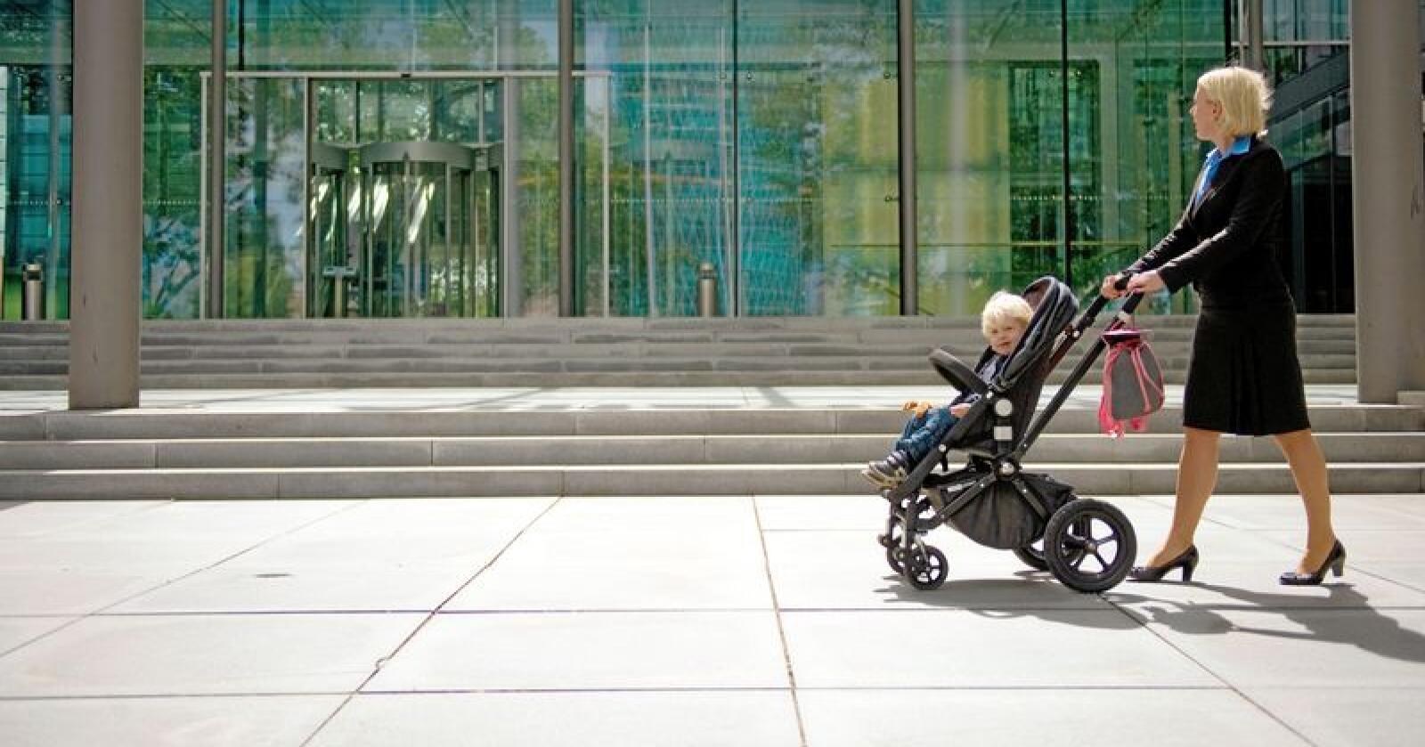 Vi mødre kan i dag velge om vi vil jobbe eller ikke, skriver Lene Westgaard-Halle. Foto: Jan haas / NTB scanpix