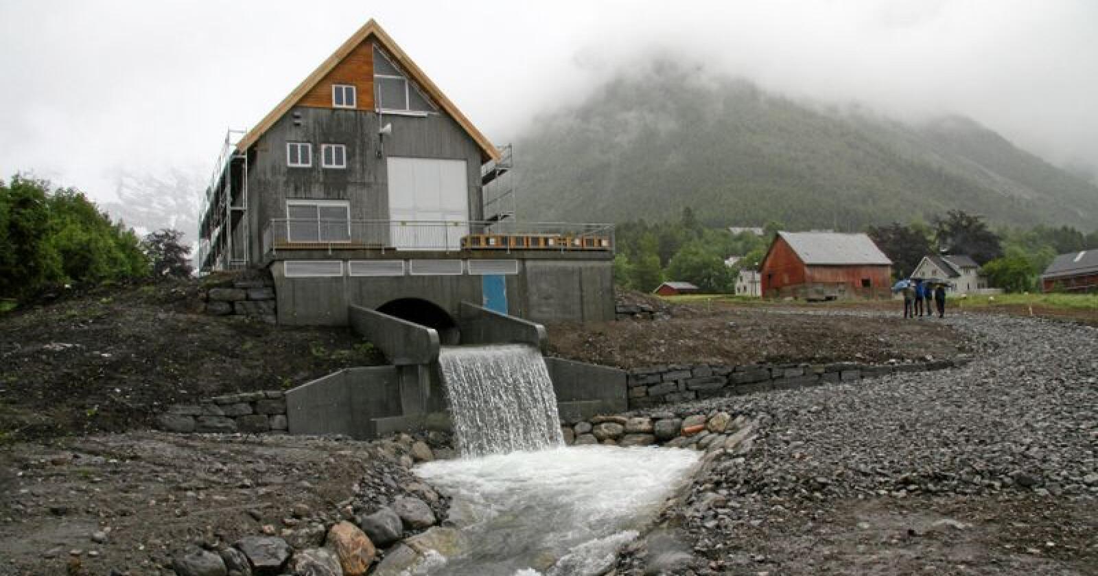 Småkraftverk: Mellom 2000 og 2016 blei det bygd 432 småkraftverk. Foto: Bjørn Lytskjold / NVE