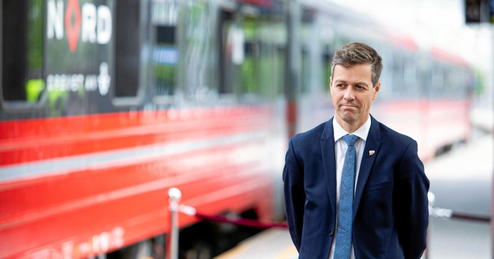EUs fjerde jernbanepakke og myndighetsoverføringen til EUs jernbanebyrå gjelder på et teknisk og begrenset område, skriver samferdselsminister Knut Arild Hareide. Foto: Tore Meek / NTB scanpix