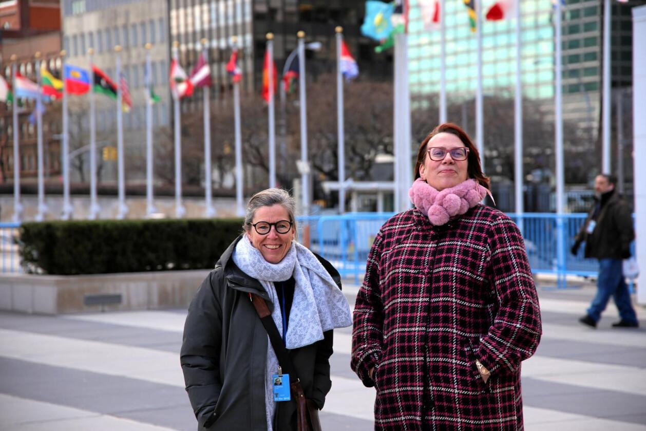Inspirert: Cesilie Aurbakken og Ellen Krageberg fra Bygdekvinnelaget har vært i toppmøte om kvinners rettigheter i FN. Foto: Michael Brøndbo
