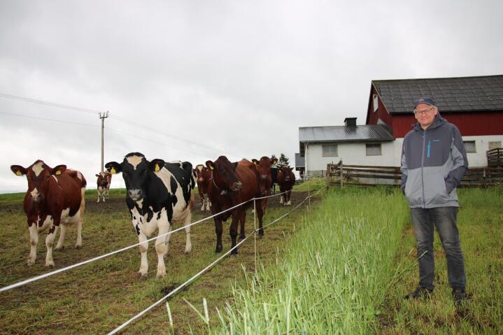 AVHENGIG: – Det har vist seg at det er vanskeligere å slutte med melk, enn det må være å slutte å røyke, sier Dag.