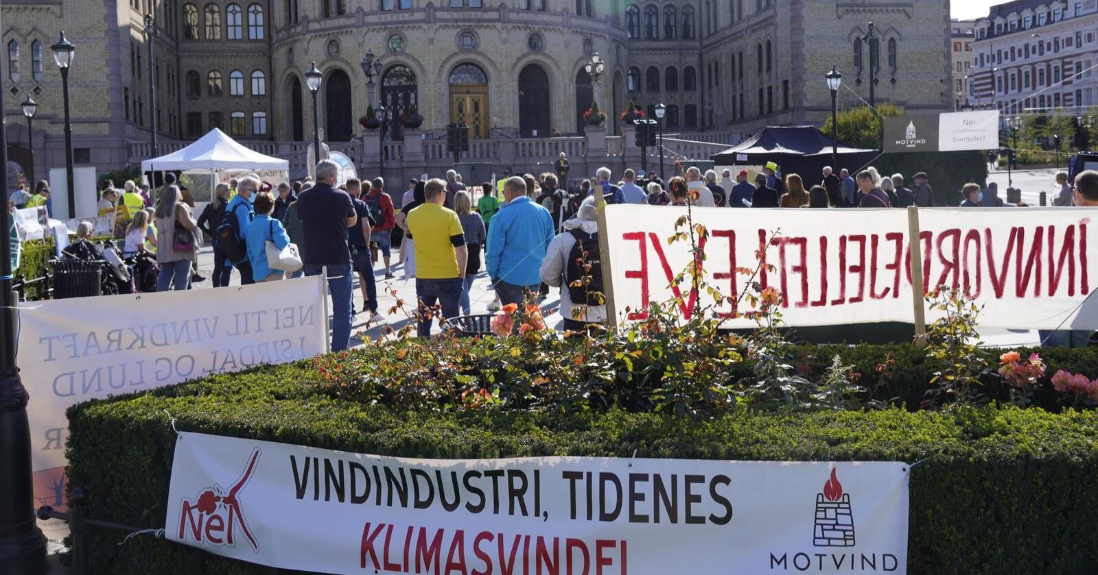 Motvind Norge står som initiativtaker og ansvarlig for arrangementet som favner vindkraftmotstandere, blant annet fra en rekke natur- og miljøvernorganisasjoner.Foto: Terje Bendiksby / NTB
