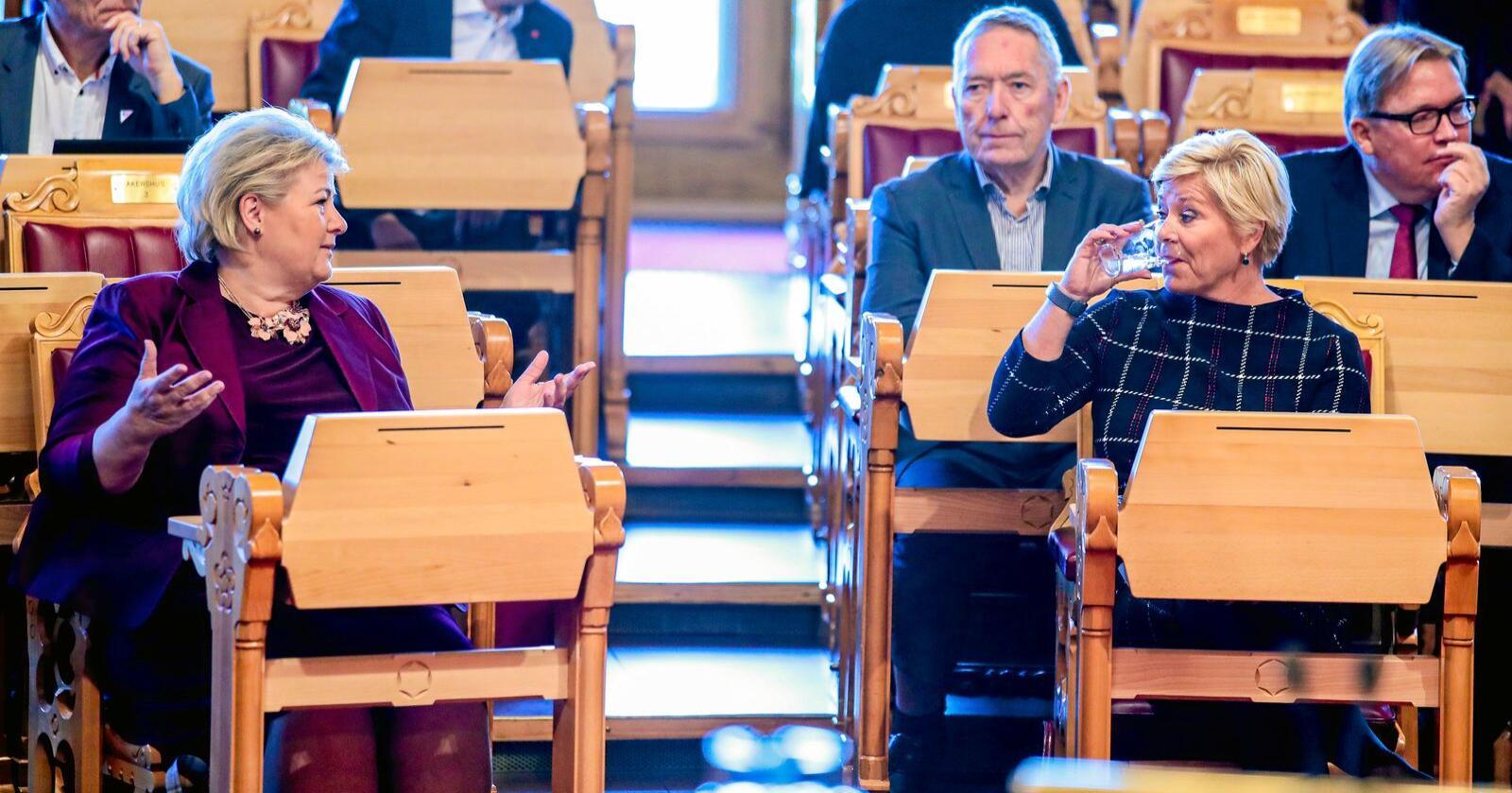 Fullt beger: Begeret er fullt, sier Frp-leder Siv Jensen om regjeringens politikk. Men hva med Erna Solbergs? Foto: Håkon Mosvold Larsen/NTB scanpix