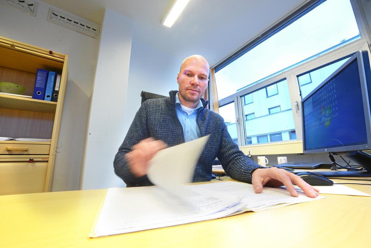 Følger opp eventuell juks: Hans Edvin Flugund, seksjonssjef produksjonsregulering i Landbruksdirektoratet. Foto: Siri Juell Rasmussen