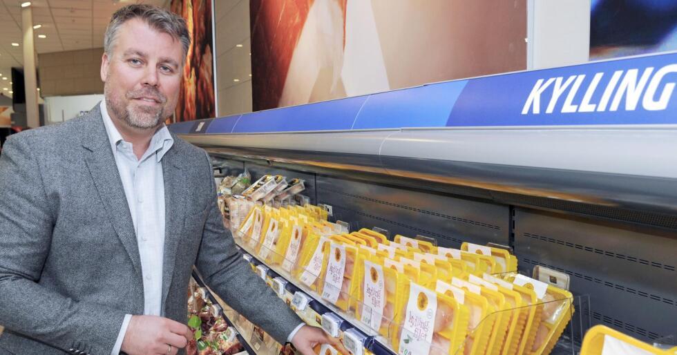 Dagleg leiar Fredrik Strømmen for Den Stolte Hane seier avtalen om leveransar til Ica-butikkane gir dei rundt 20 prosent omsetningsvekst på kylling. Foto: Oliver Orskaug