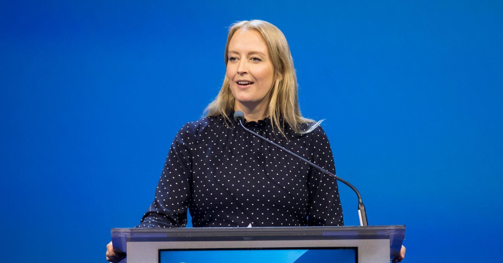 Unge Høyre-leder Sandra Bruflot sier det må settes i gang utbygging av vindkraft. Foto: Vidar Ruud / NTB scanpix