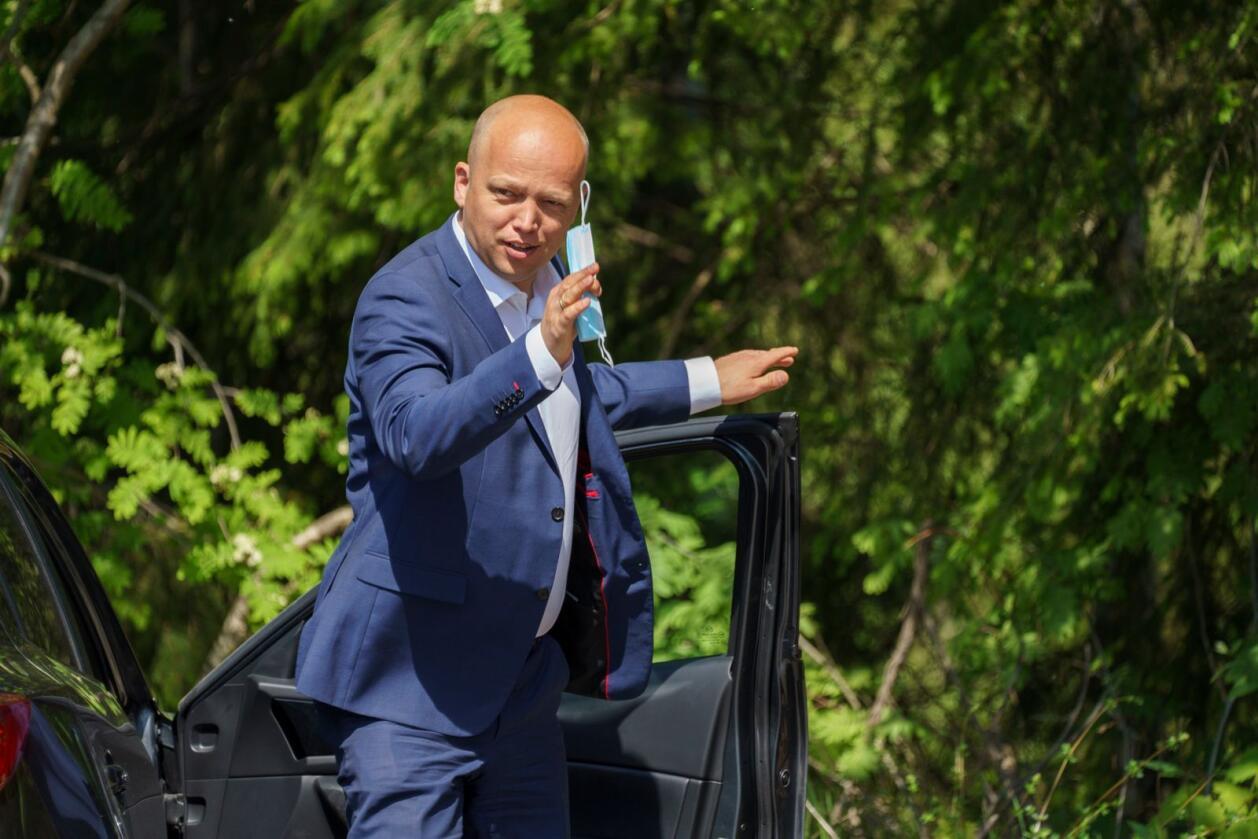 Trygve Slagsvold Vedum ankommer Senterpartiets landsmøte 2021.Foto: Torstein Bøe / NTB