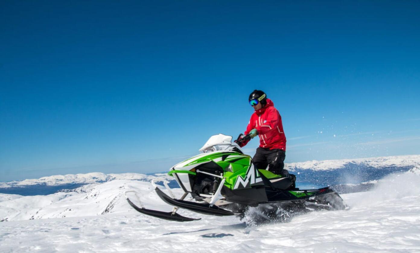 Et flertall av kommunene som har anlagt scooterløyper, har plassert disse i viktige friluftslivsområder, viser en evaluering fra NINA. Illustrasjonsfoto: Norsk Friluftsliv