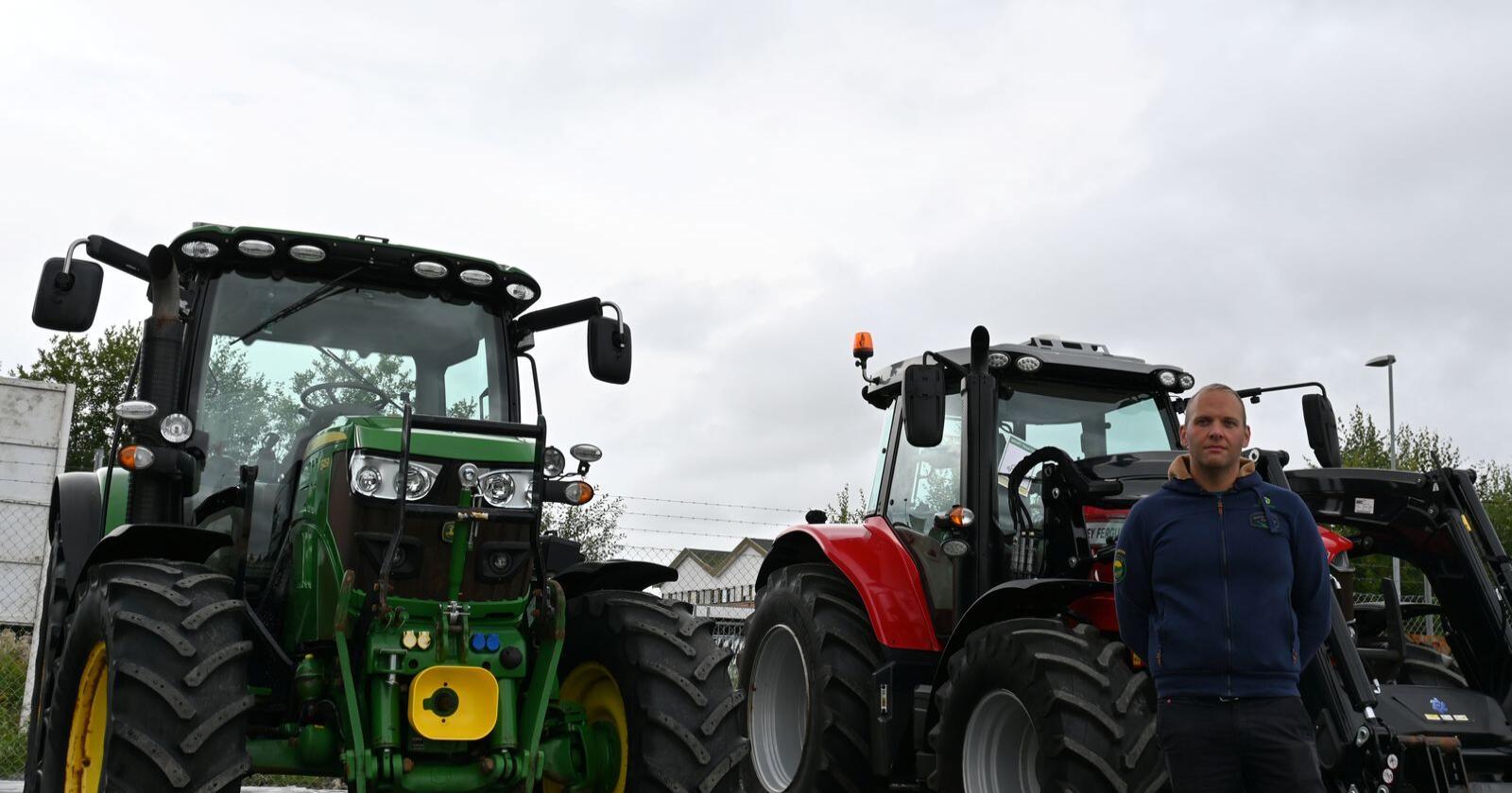 Alle farger: Vi selger selvsagt mest John Deere, men våre selgere tar jo alle traktorer i innbytte. Dermed  får vi mye variert som trenger en ny eier, forteller Kenneth Lund Strand