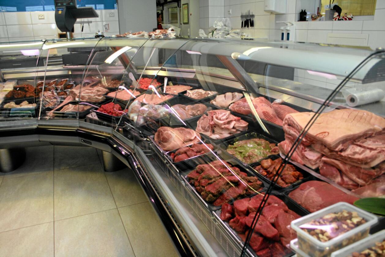 Sandra Borch (Sp) mener regjeringen sender signaler om at kjøttkutt er droppet som klimatiltak, samtidig som den nye klimaplanen viser at forbruk og produksjon av rødt kjøtt skal ned. Foto: Bjarne Bekkeheien Aase
