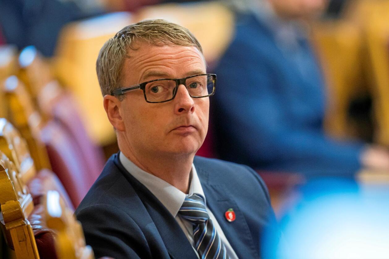 Vil ha Acer: Olje- og energiminister Terje Søviknes vil knytte Noreg til Acer. Foto: Heiko Junge/Scanpix