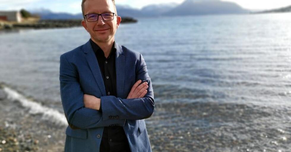 Carl Johansen, førstekandidat for MDG i Møre og Romsdal, mener vi må slutte å spre myter om norsk mat. Foto: MDG