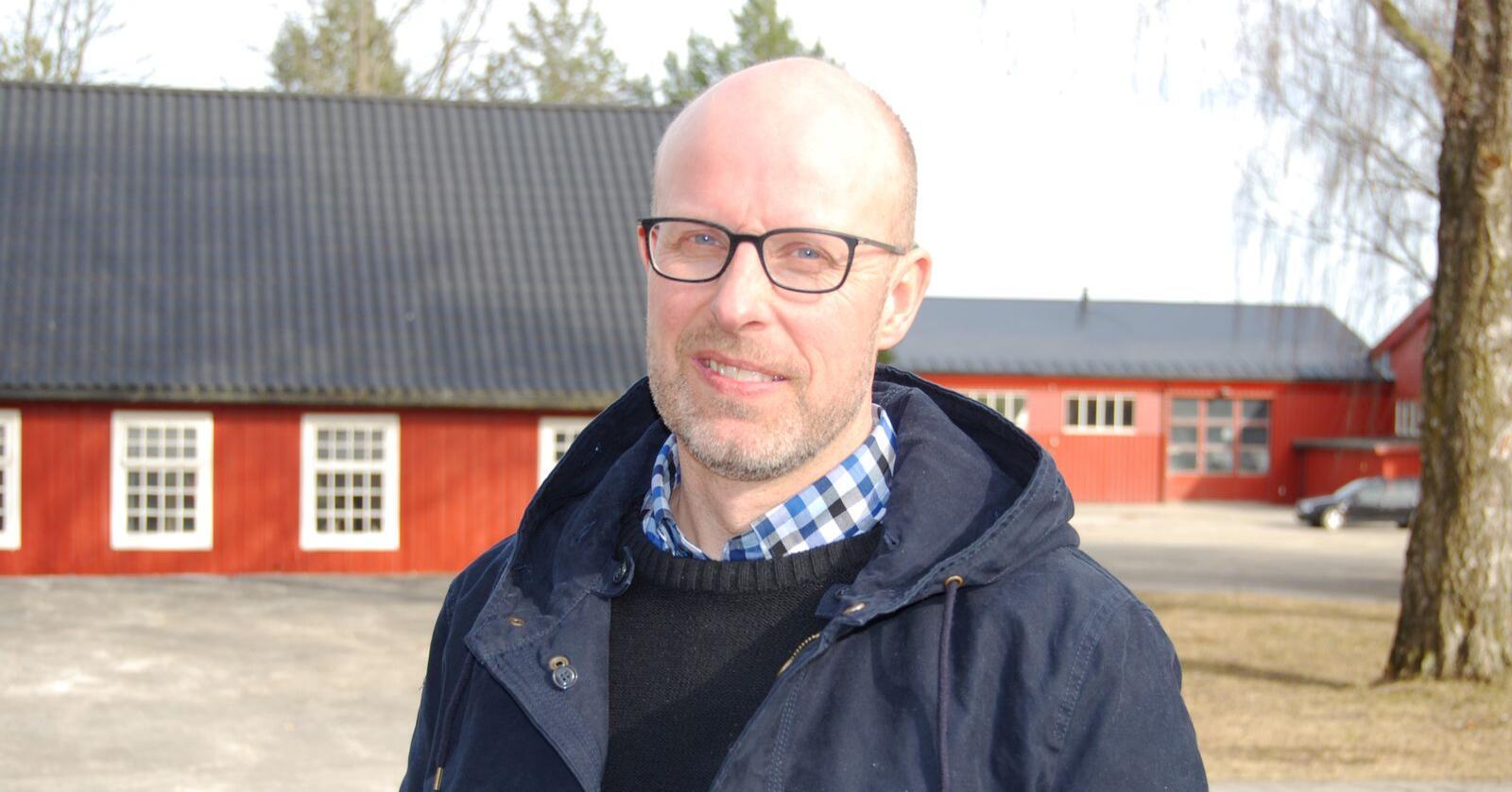 Tollvernet for norske landbruksprodukter lekker allerede som en sil, med økende import på nær sagt alle produktområder, skriver Erling Aas-Eng. Foto: Privat