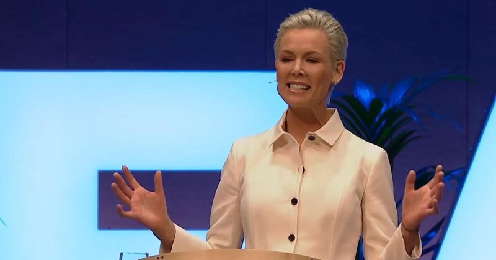 Gunhild Stordalen og EAT/Lancet-kommisjonen mener de har funnet dietten som er mest for menneskers helse og som holder seg innafor planetens tålegrenser. Foto: Skjermdump fra Youtube.