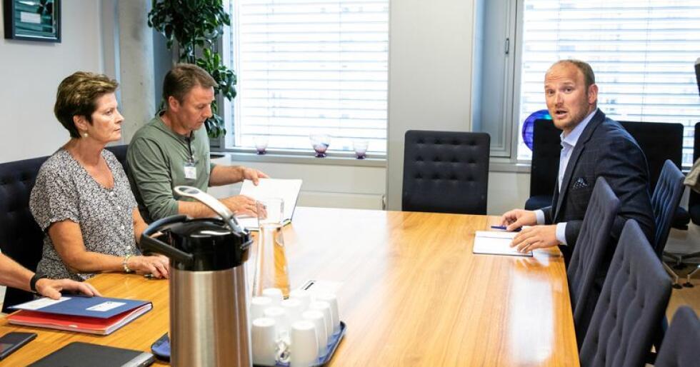 Krisemøte: Mandag møtte landbruksminister Jon Georg Dale lederne i bondeorganisasjonene om tørkekrisen i landbruket. Foto: Audun Braastad/NTB scanpix