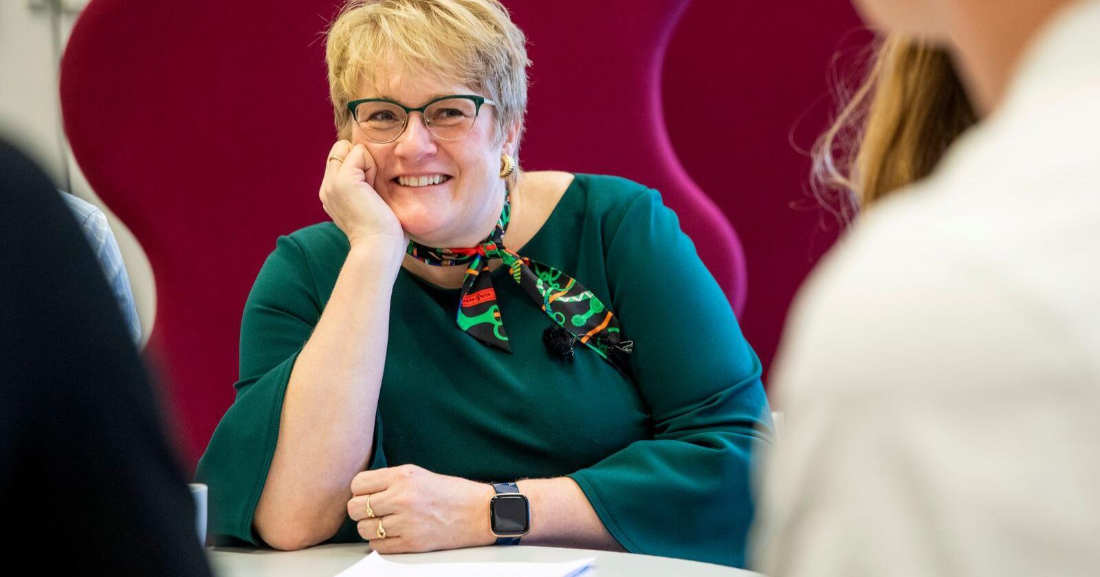 Nylige avtroppede Venstre-leder Trine Skei Grande (V) omtaler i en ny bok kornåkersaken i 2018 som det verste trøkket hun har opplevd. FOTO: Tore Meek /