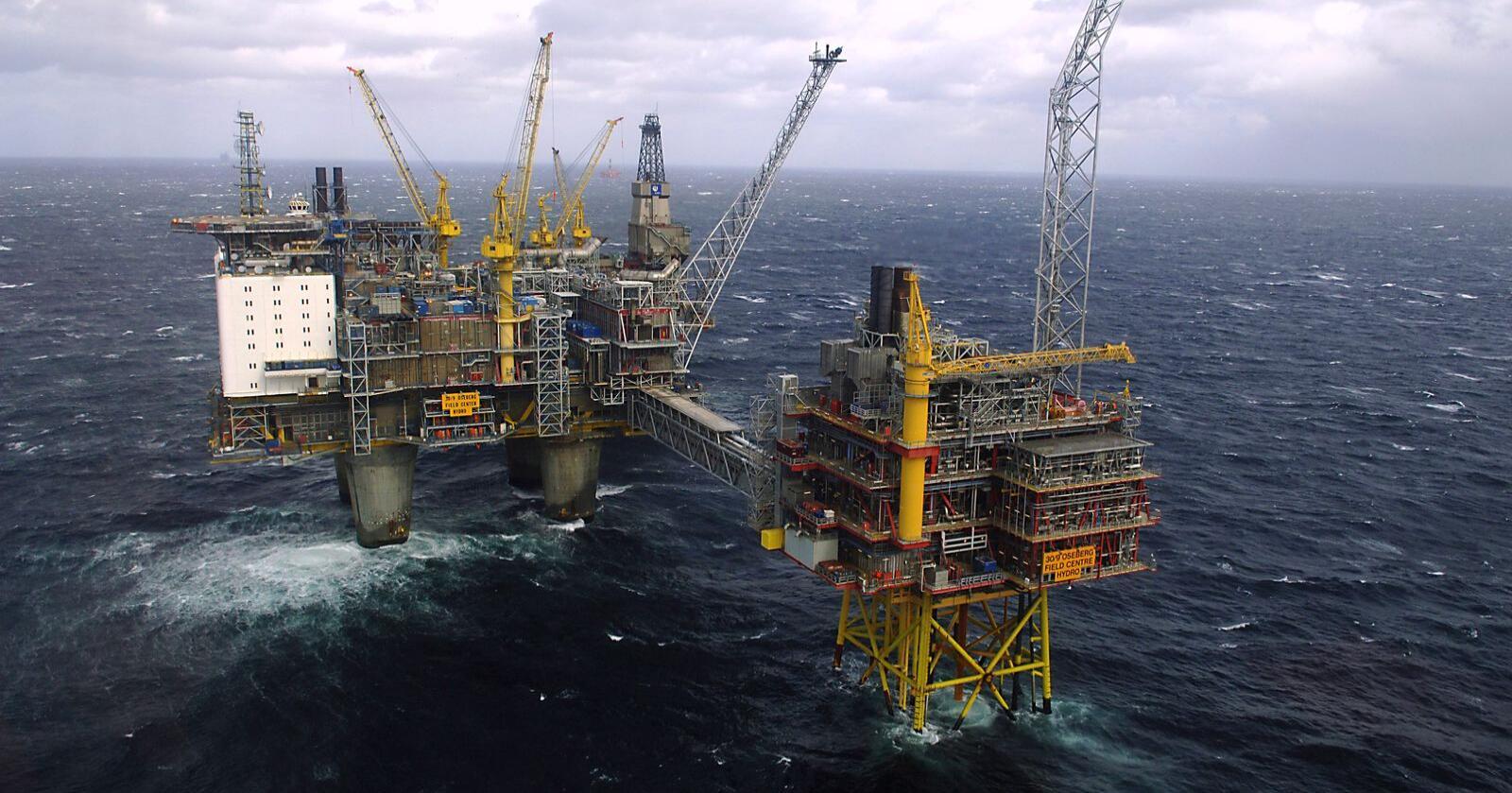 Oljenæringa skal utvikles videre, og det åpnes for videre leting på norsk sokkel. Foto: Helge Hansen/NTB