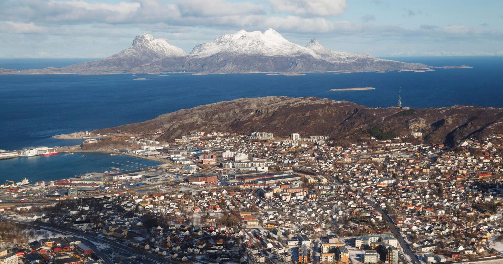 Fylkesrådsleder i Nordland, Tomas Norvoll (Ap), vil åpne barnehager og lave skoletrinn. Her fra Bodø. Foto: Håkon Mosvold Larsen / NTB scanpix