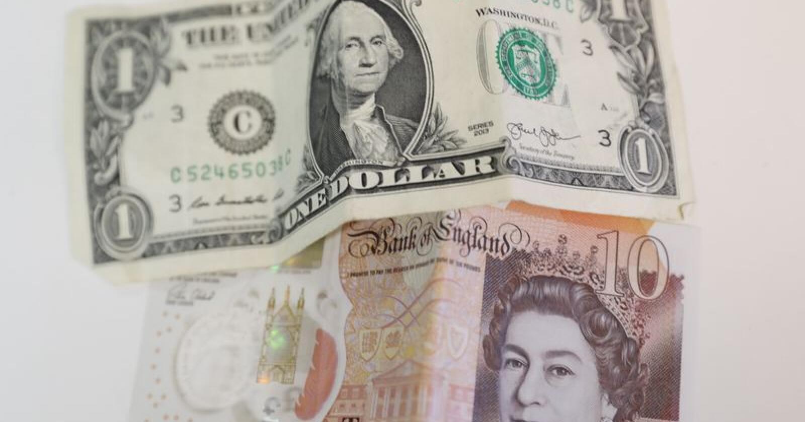 Pundet har styrket seg mot dollaren etter at Storbritannia og EU ble enige om en ny brexitavtale før helgen. Illustrasjonsfoto: Terje Bendiksby / NTB scanpix