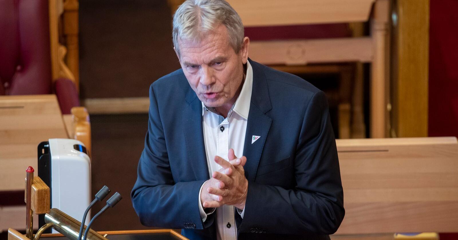– Det har forundret mange at ledelsen i Mattilsynet har sittet så stille og tatt imot kritikk, uten å peke på den store ressursmangelen, sier Arne Nævra (SV). Foto: Terje Pedersen / NTB