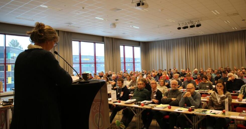 Kjersti Hoff holdt sin første årsmøtetale under årsmøtet i Småbrukarlaget på Gardermoen i helga.