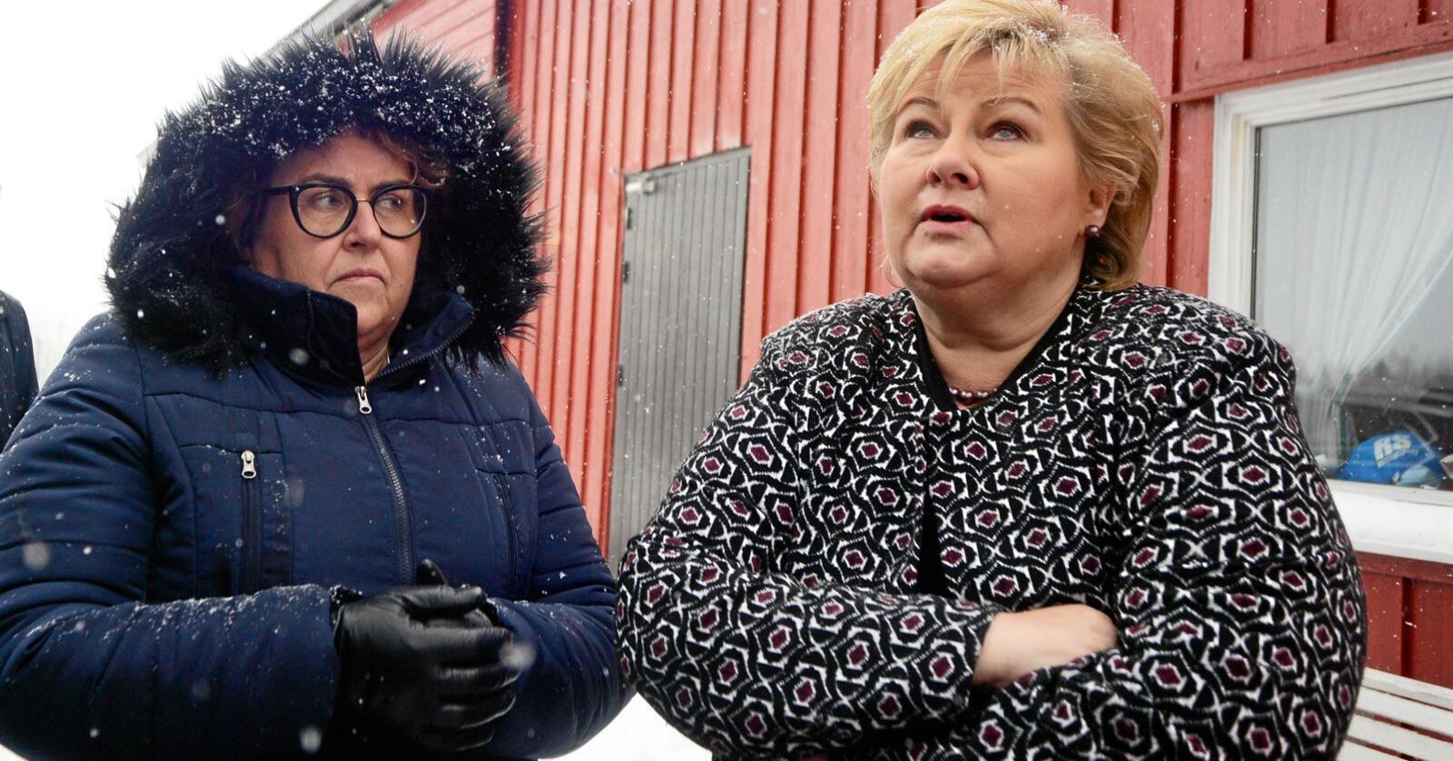 Sit på pengesekken: Landbruks- og matminister Olaug Bollestad (KrF) og statsminister Erna Solberg (H.). Foto: Siri Juell Rasmussen..