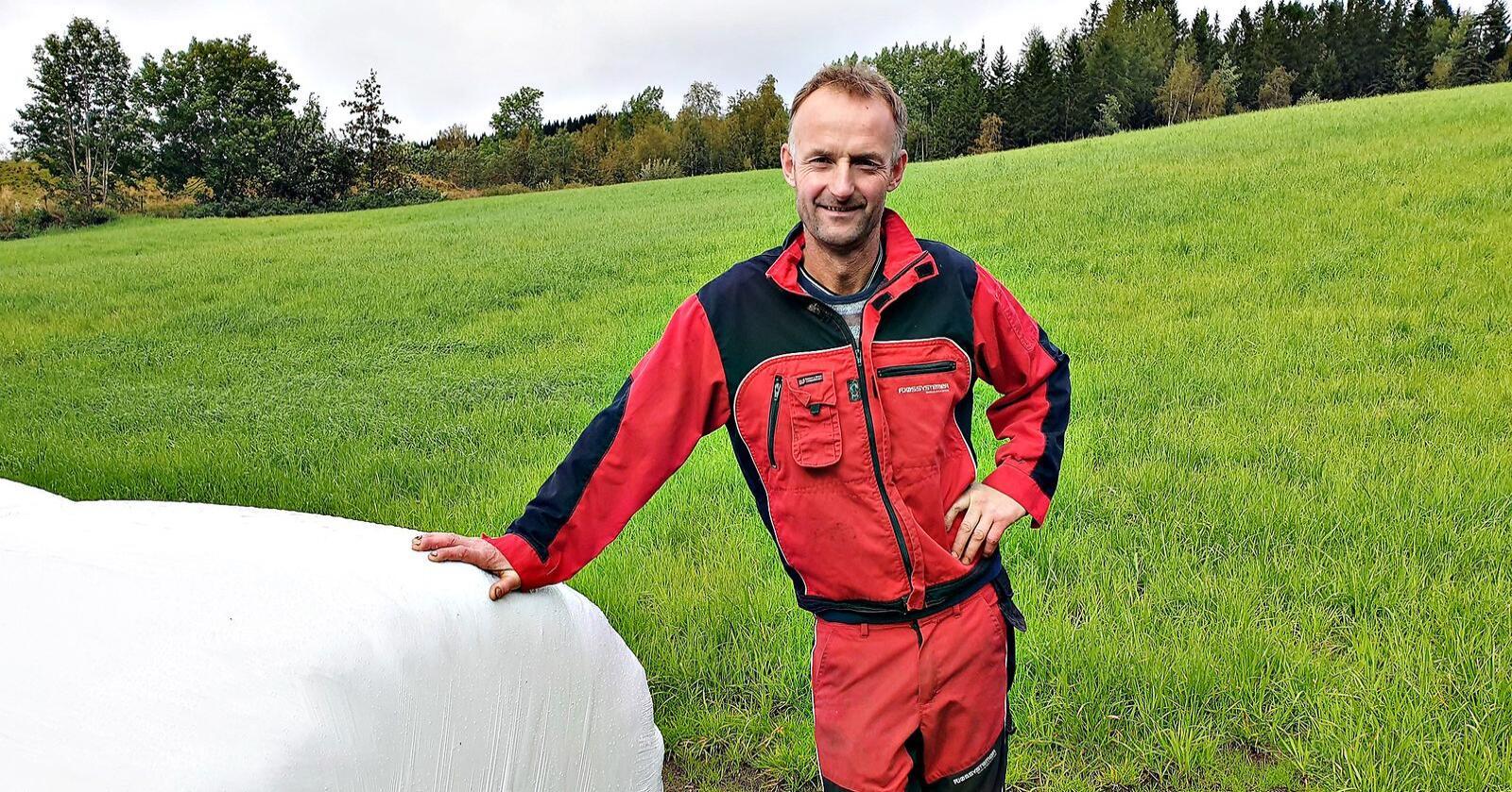 Viktige: 15-30-kyrsbruka er ryggrada i melkeproduksjonen. Det er de vi må lykkes med, mener Anders Felde, leder i Sogn og Fjordane Bondelag. (Foto: Privat)
