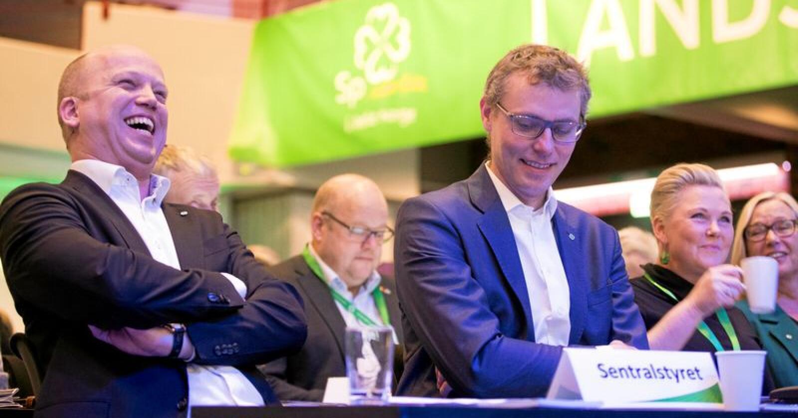 God stemning: Trygve Slagsvold Vedum og resten av Sp-ledelsen har mye å smile over for tida. Foto: Terje Pedersen / NTB Scanpix