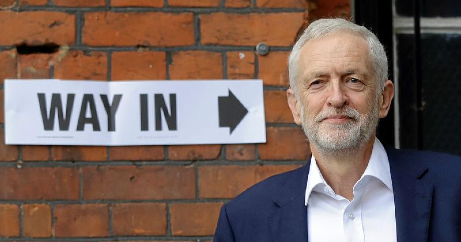 Vil ha omkamp: Labour-leder Jeremy Corbyn.  Foto: AP Photo/Kirsty Wigglesworth, NTB scanpix.